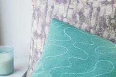 Reflexion. Приятное тактильное ощущение итальянского кашемирового шарфа неожиданно резонирует с рисунком холодного итальянского мрамора.