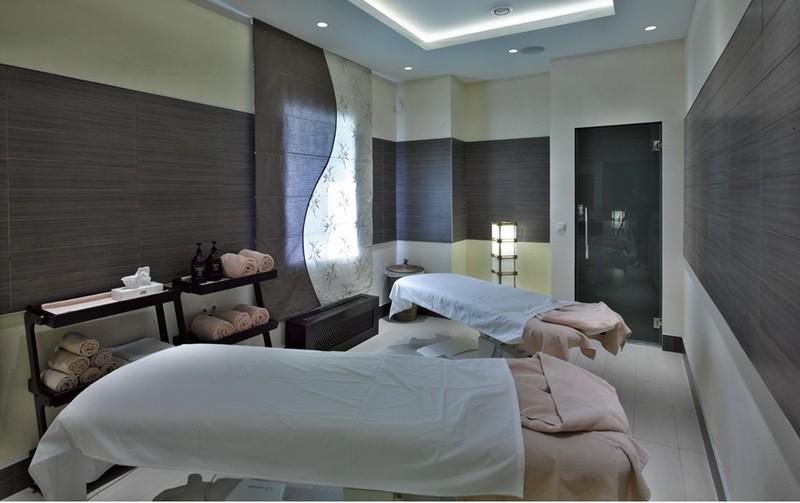 Отель Les Art Resort (СПА-комбинированая римская штора)