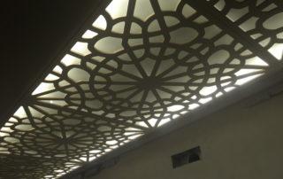 Потолок резной с подсветкой-800