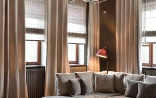 Шторы в гостиную. Римские шторы
