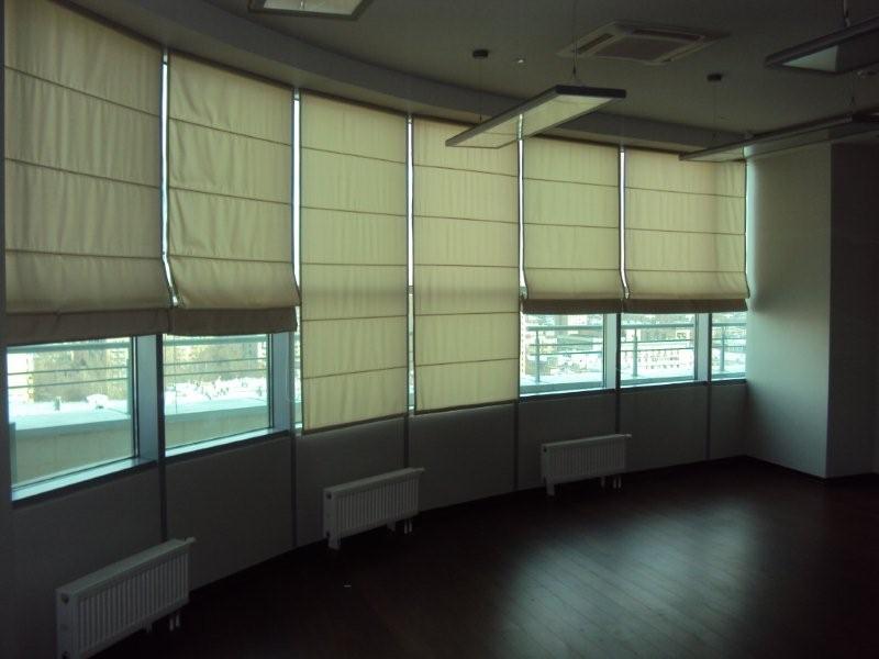 Римские шторы для офиса
