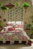 Выбираем мебель и шторы для спальни