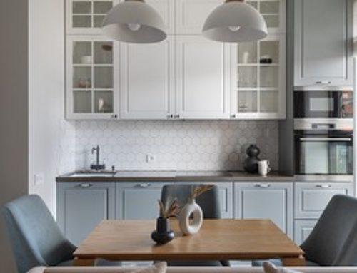 Уютный сканди: интерьер двухкомнатной квартиры, которую превратили в трёшку