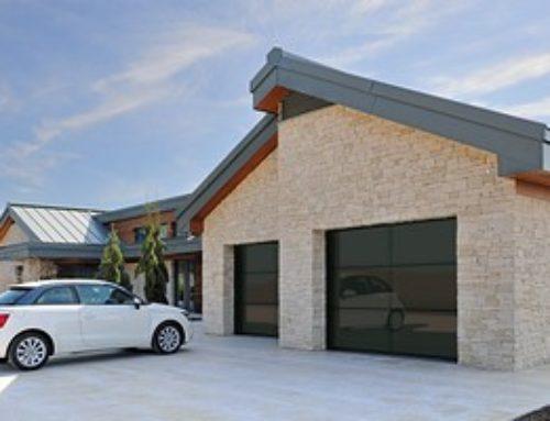 6 критериев выбора гаражных секционных ворот